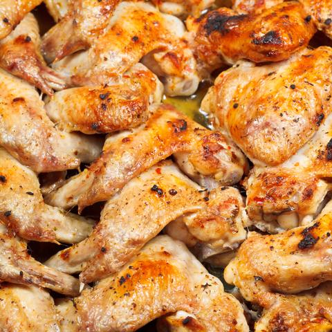 Apple Chipotle Chicken Wings