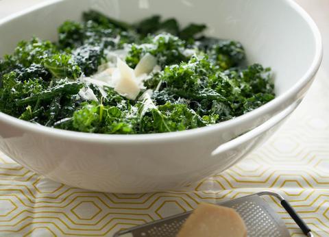 Lemon Garlic Kale Salad